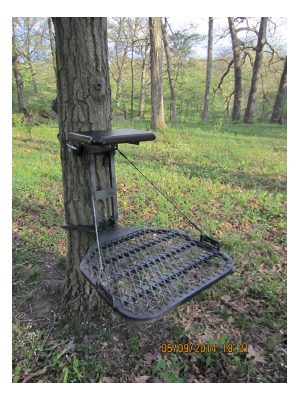 Chippewa Brutus Maximus Lightweight Aluminum Tree Stand